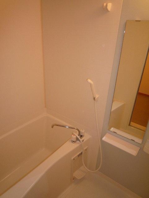 プロムナード 02010号室の風呂
