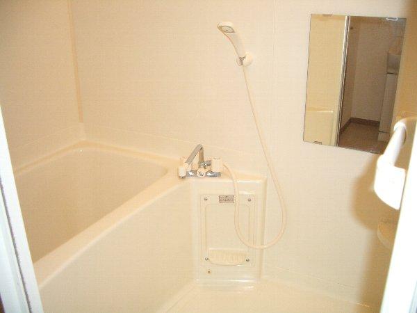 ホ-スブリッジⅢ 01020号室の風呂