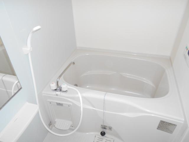 プレ・アビタシオン春日部Ⅱ 02040号室の風呂