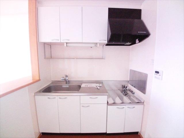 シャルマン弐番館 02010号室のキッチン