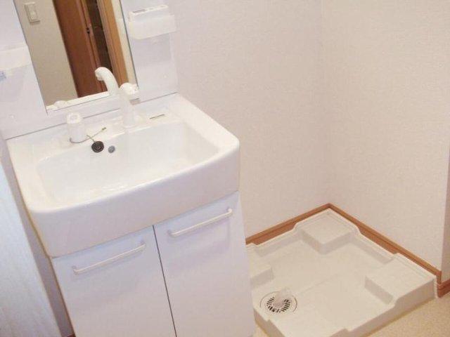 カルム・セーズ 02040号室の洗面所
