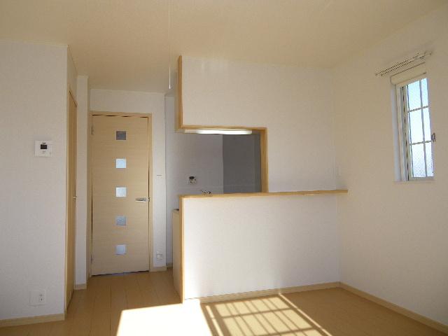 ガーデンハウスKT 02010号室のリビング