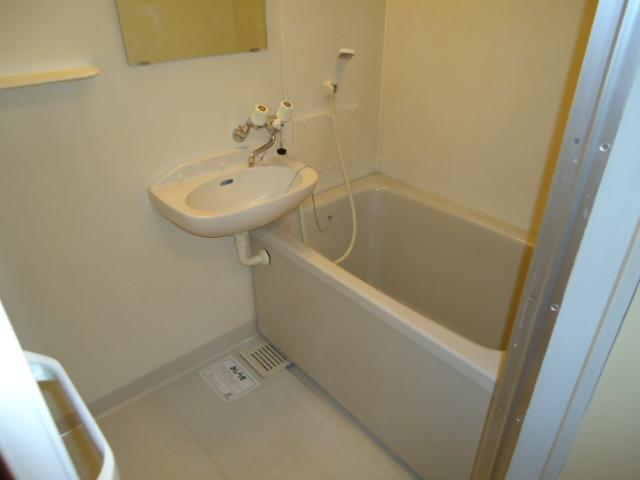 エルディムモリ 02030号室の風呂