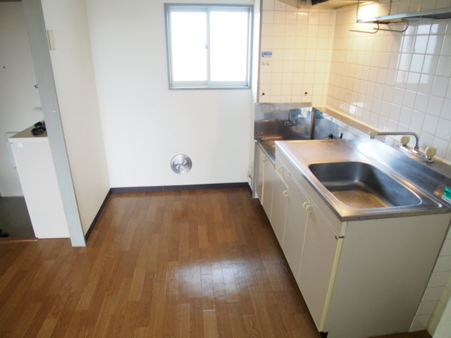 ルミエールハウス 02010号室のキッチン