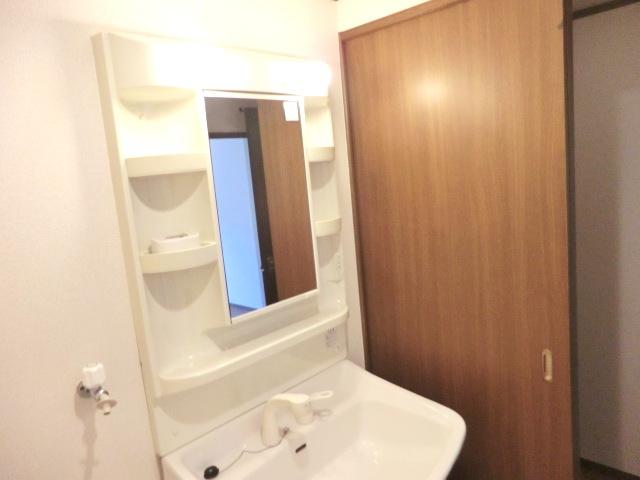 エスポワールⅡ 02010号室の洗面所