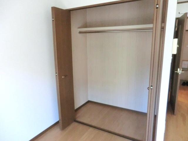 エスポワールⅡ 02010号室の収納