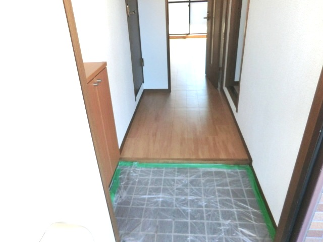 エスポワールⅡ 02010号室の玄関