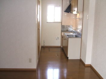 アラモードヴィラ壱番館 01030号室のキッチン