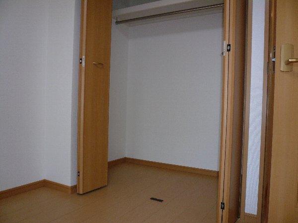 ランデュール城西 02010号室の玄関