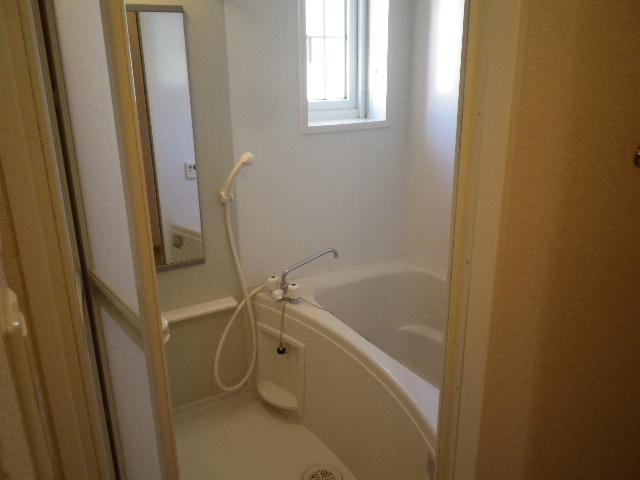 プリムローズⅡ 02010号室の風呂