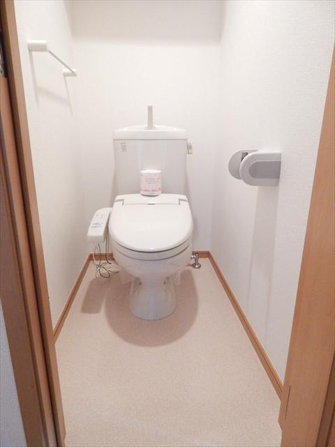 キュ-ズ・エスポワ-ル 02050号室のトイレ