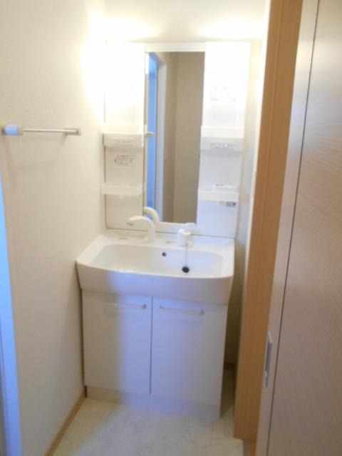 ケーハウスA 01010号室の洗面所