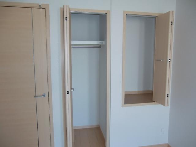 フォルトゥーナ・デーア 02010号室の収納