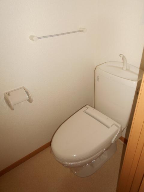 プリムローズⅢ 02010号室のトイレ