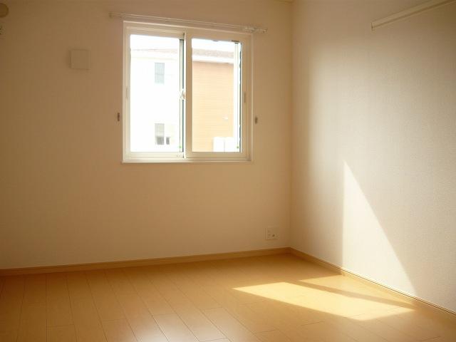 アロッジオ 01010号室の居室