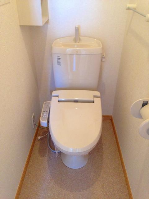 ストロベリーⅡ 02020号室のトイレ