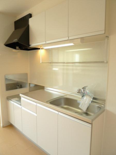 リトルパインズ 02030号室のキッチン