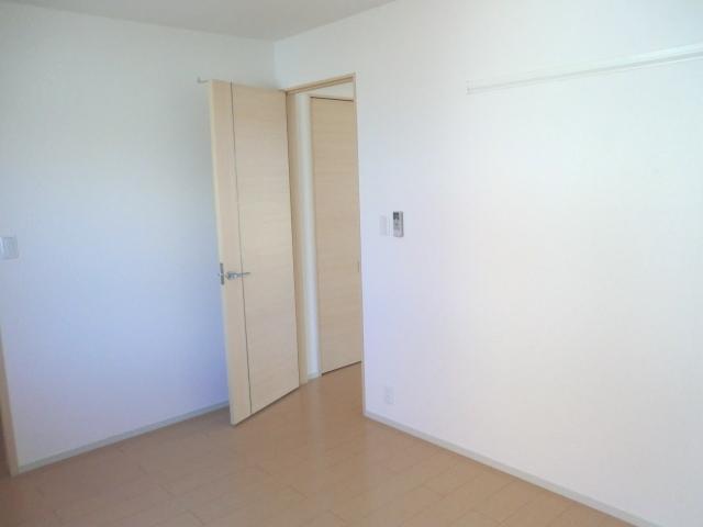 エレガント さくら 01010号室の居室