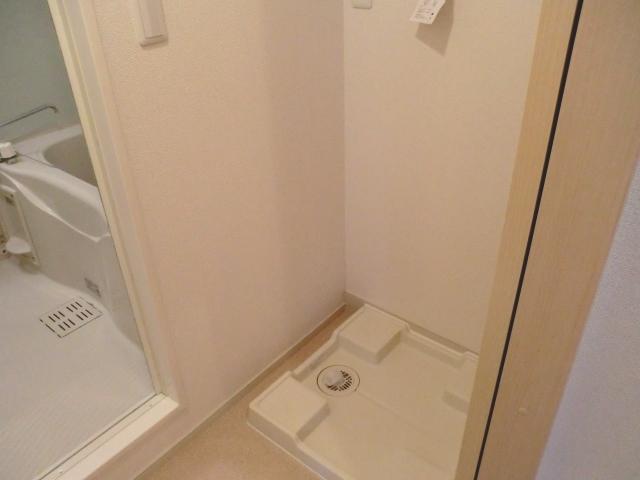 エレガント さくら 01010号室の洗面所