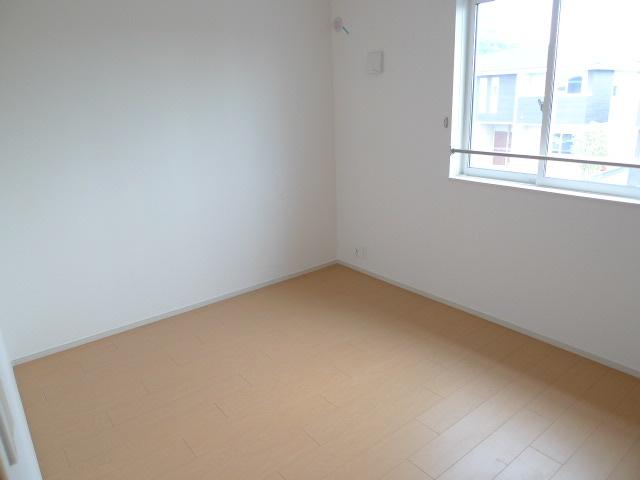 エレガント さくら 02050号室の居室