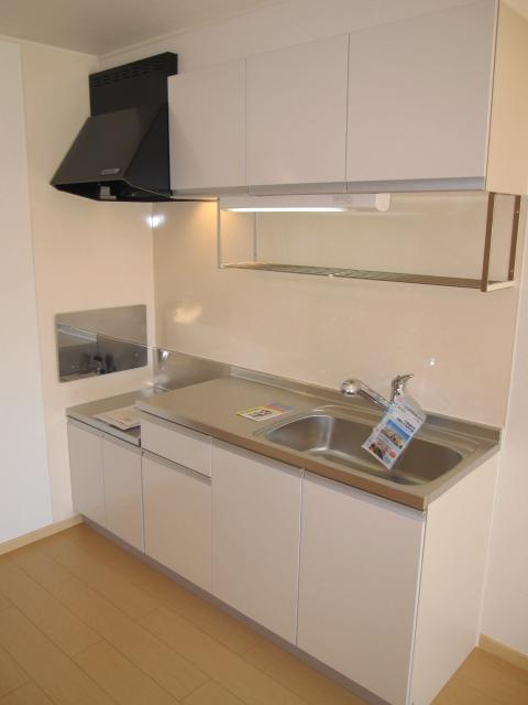 グラシオッソ 01020号室のキッチン