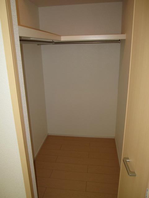 グラシオッソ 01020号室の収納