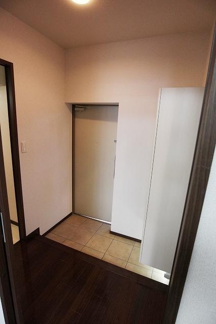 グリーン ガーデン 01010号室の玄関