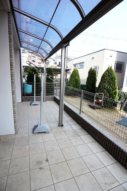 グリーン ガーデン 01010号室の庭
