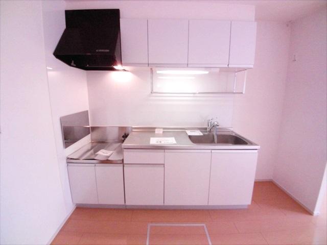 ル-ラル ハウス TI 01010号室のキッチン