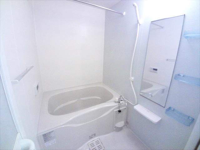 ル-ラル ハウス TI 01010号室の風呂