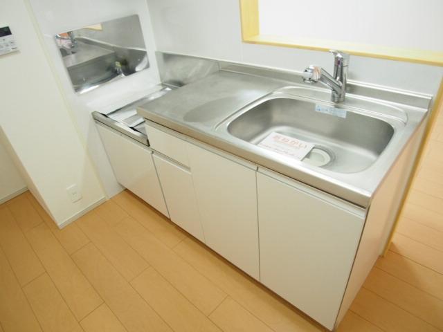 ホワイトヒルズドリーバーデンⅢ 03040号室のキッチン
