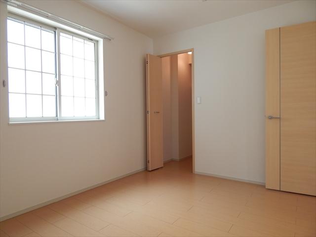 プルメリア 01040号室の居室