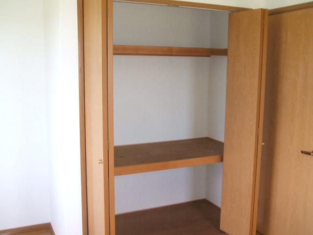 ニュー・ミヤビ 01020号室の収納