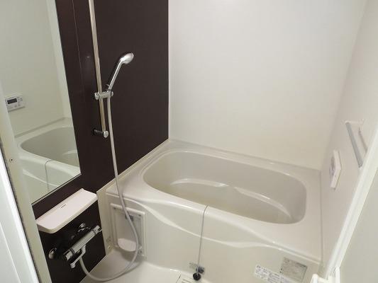 ジュネス東玉川 01010号室の風呂