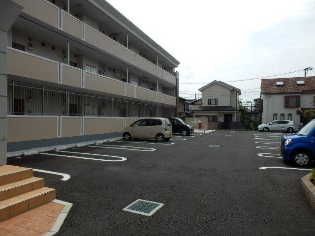 プリマヴェーラ エルモッサ 03080号室の駐車場