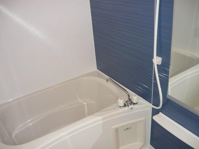 サンフィオーレ 02040号室の風呂