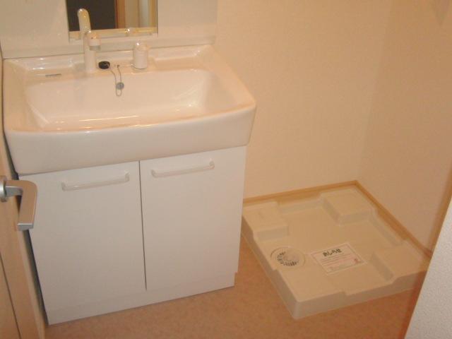 サンフィオーレ 02040号室の洗面所
