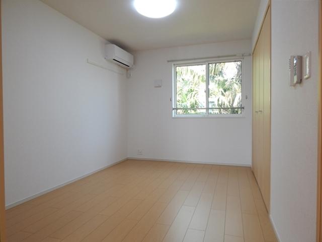 セレーノ・カーサ 02010号室の居室