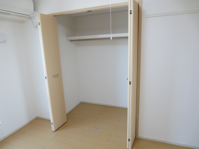 シェフィールド 03010号室の収納