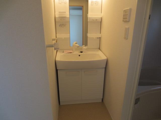 シェフィールド 03010号室の洗面所