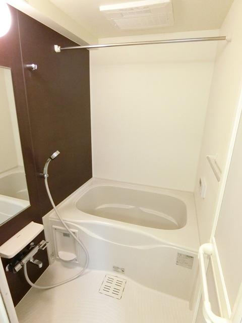 プレステージ空港東 06070号室の風呂