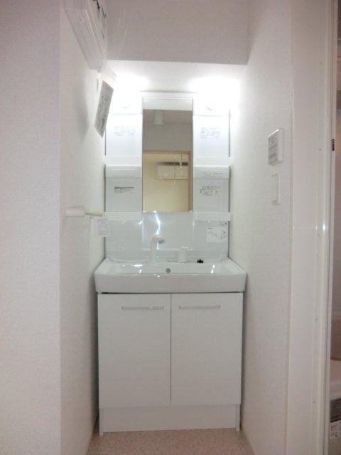 スプリング ヒル 02030号室の洗面所