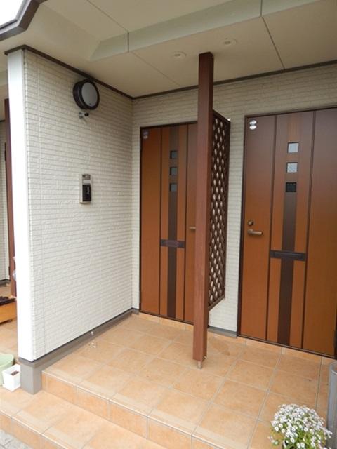 クレストガーデンⅣ 02030号室のエントランス