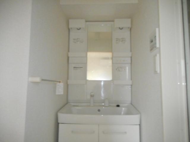 メゾン ベル 02030号室の洗面所