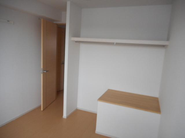 メゾン ベル 02030号室のリビング