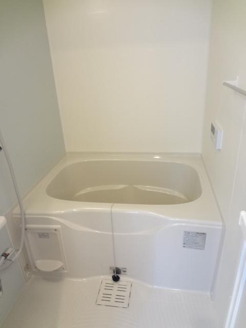 カトレア ハウスⅡ 01040号室の風呂