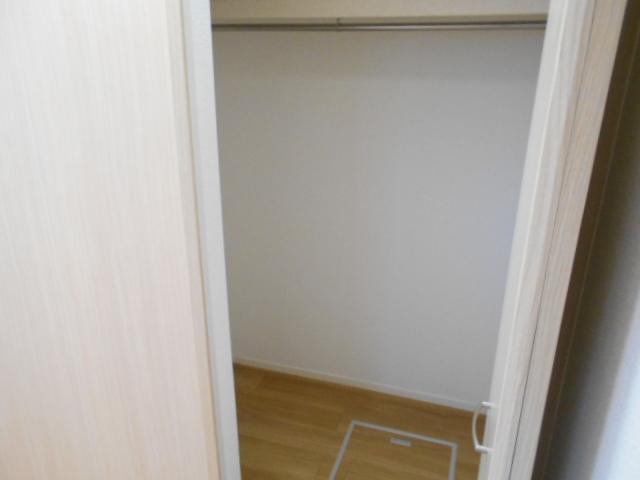 ヴィラ サンシャイン 03020号室の収納