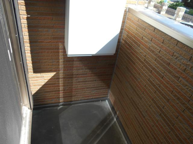 サンリットガーデン 01020号室のバルコニー