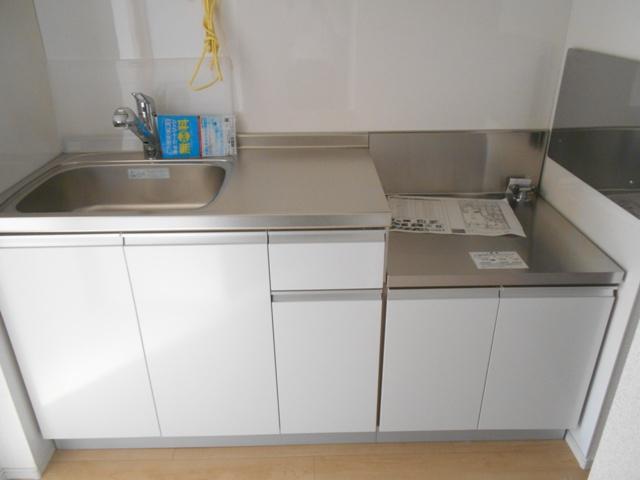 サンリットガーデン 01020号室のキッチン