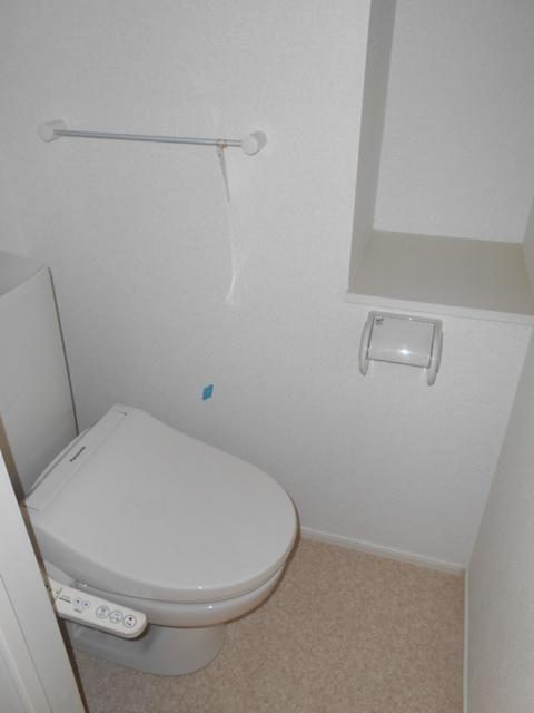 サンリットガーデン 01020号室のトイレ